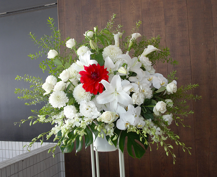 1周年記念祝いスタンド花