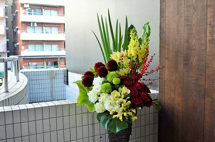 公演祝い スタンド花