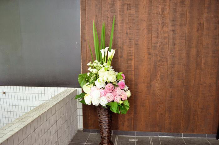 結婚祝い籠スタンド花