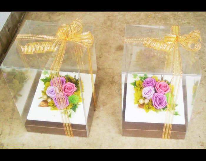 結婚式両親贈呈用花プリザーブドフラワーフレームアレンジ