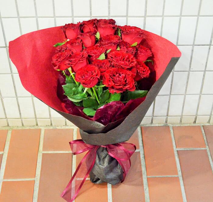 誕生日祝い赤バラ20本花束