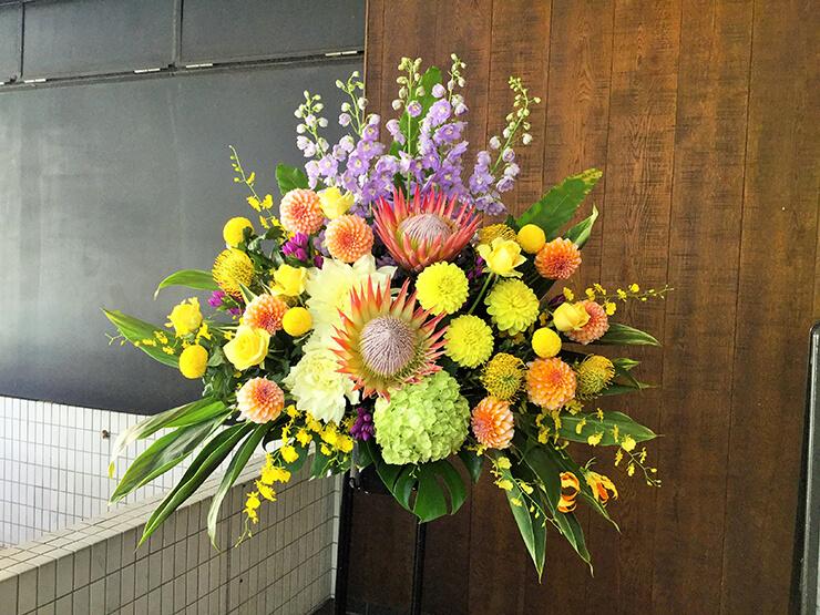誕生日祝いパーティースタンド花