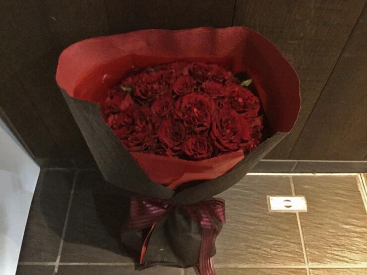 赤バラ花束28本