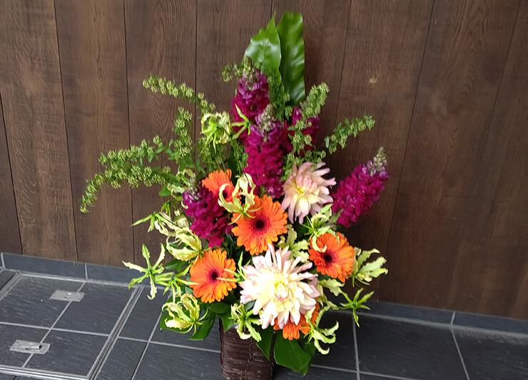 銀座 ㈱Barriz様の会社設立祝いにお届けした花