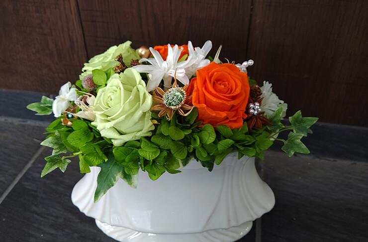 ㈱アライプロバンス様の社名変更祝いにお届けした花