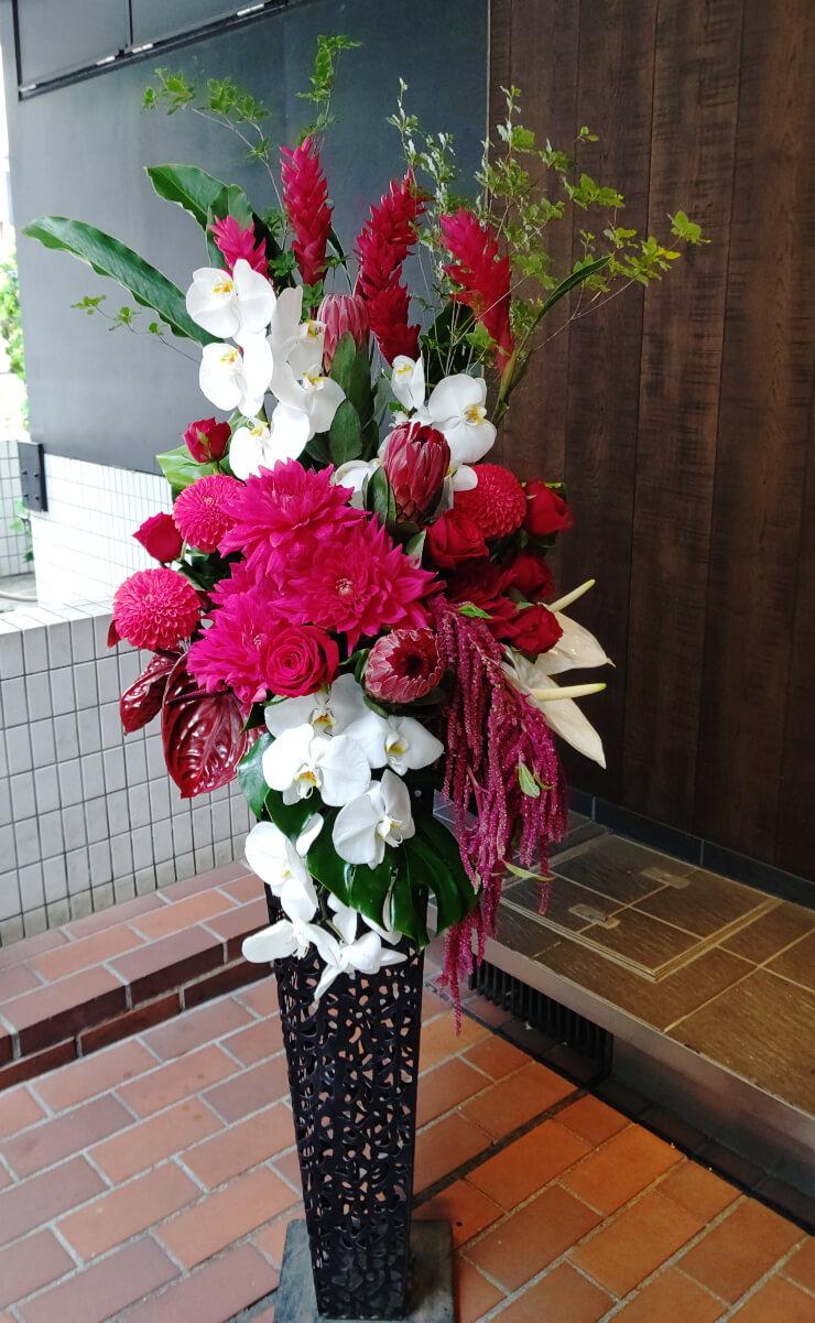 六本木 Electriik 神社様のコロナ自粛からの再オープン祝いにお届けしたスタンド花