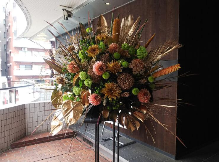 品川ステラボール 石川新太様のご出演祝いにお届けしたスタンド花
