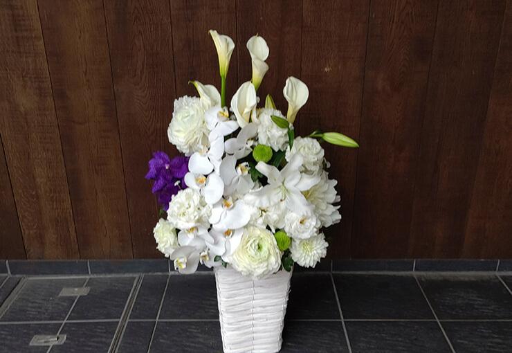 上野 寛永寺にお届けしたお供え花