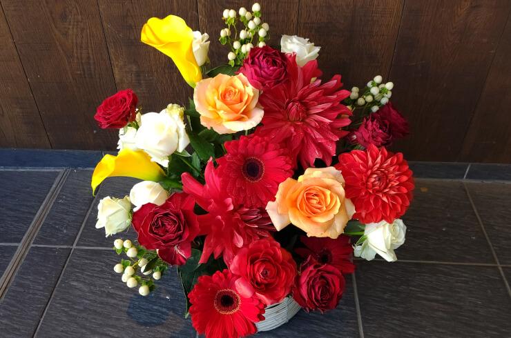 品川インターシティホール 永田崇人様の出演祝いにお届けした花