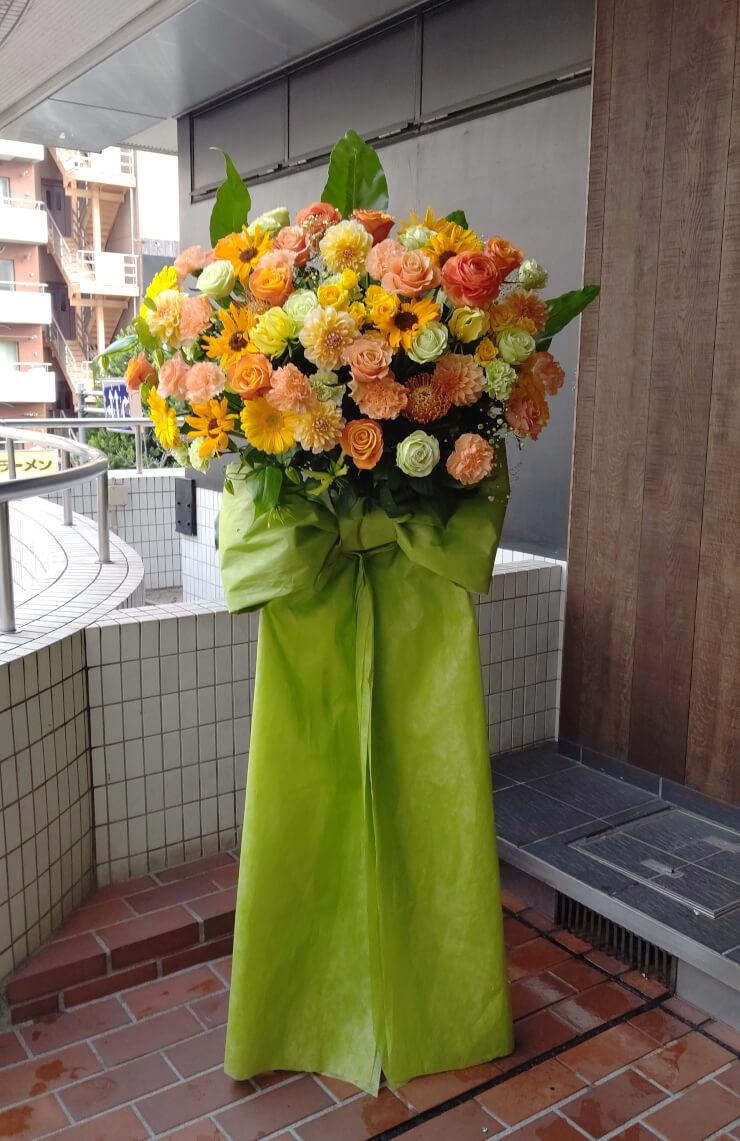 豊洲ピット ノンストップストーリーライブ公演祝いにお届けしたスタンド花