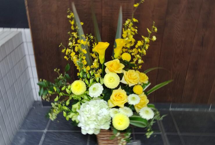 ノスメディア様の移転祝いにお届けした花