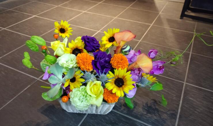 Harvest time 歌代翔様の退職祝いにお届けした花