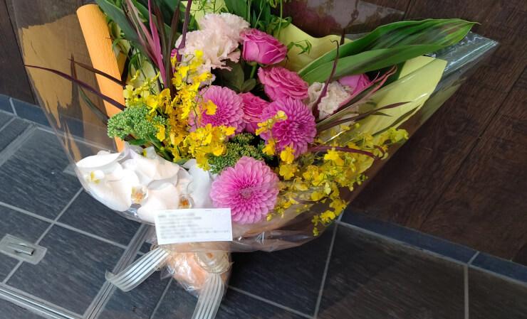 マンシーズTOKYO prance Gold Holdings様のイベント祝いにお届けした花束